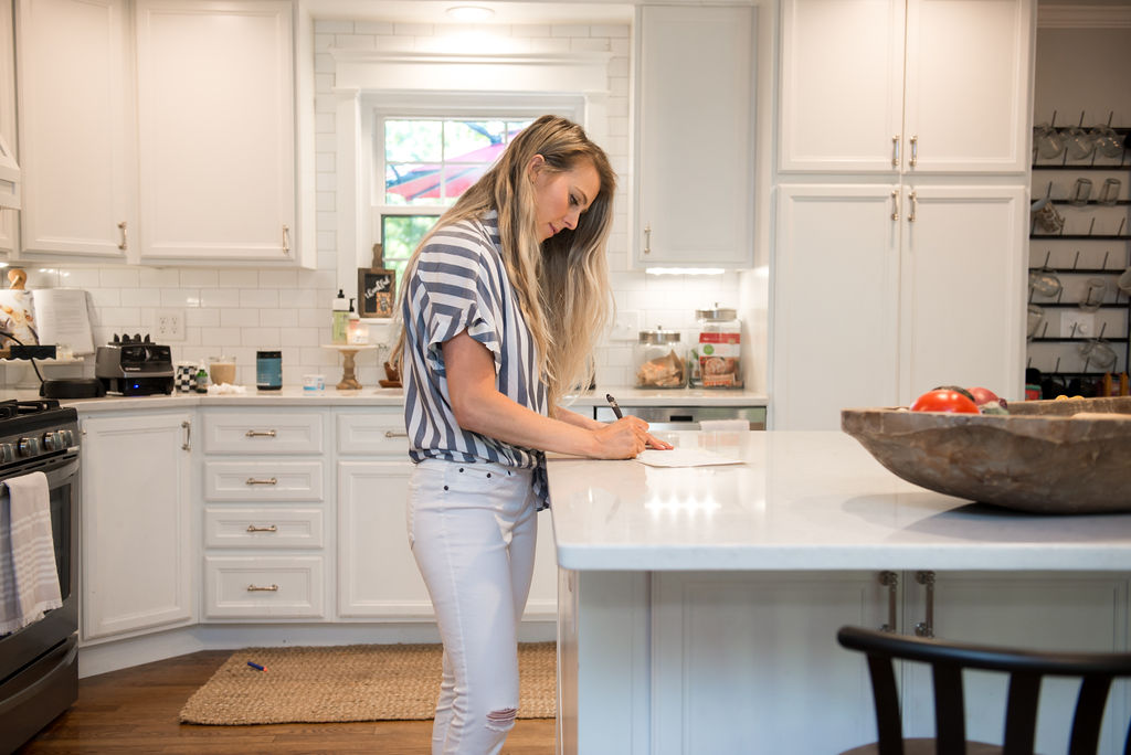 How to Meal Plan 101: Tips from a Nutritionist & Mom
