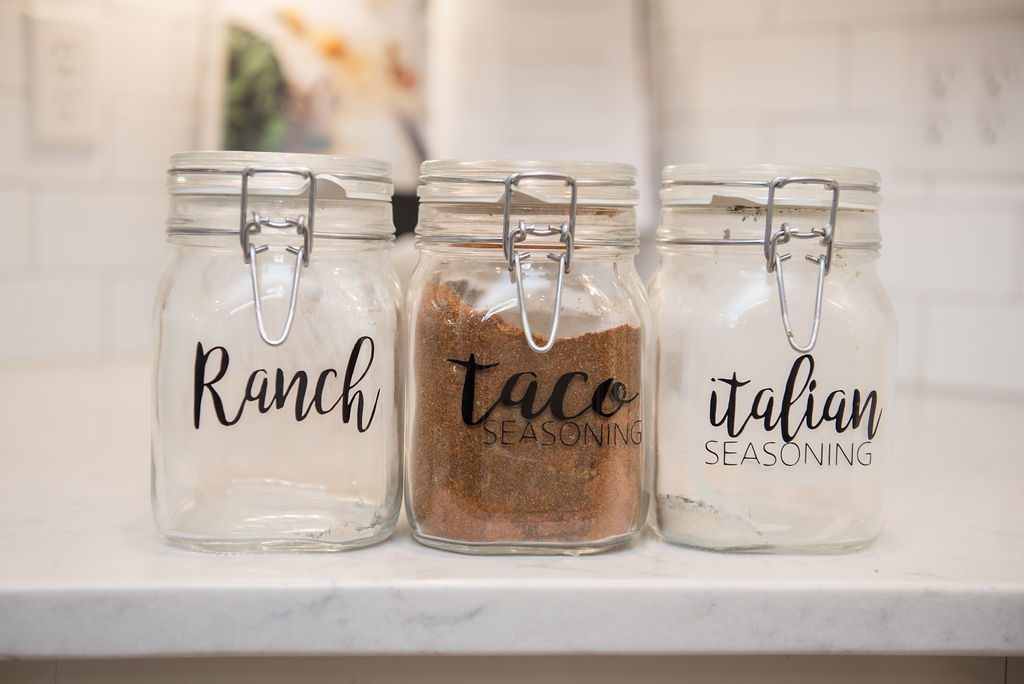 How to Simplify & Organize Your Spice Cabinet